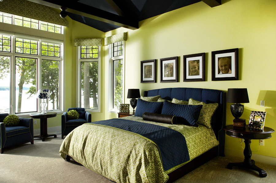 Сочетание зеленого цвета с другими цветами в интерьере спальни